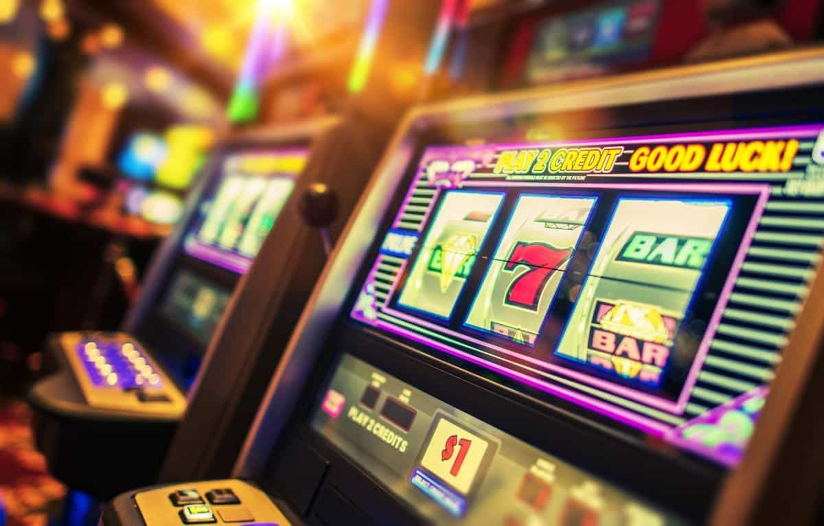 Nine Cases Of Online Slot